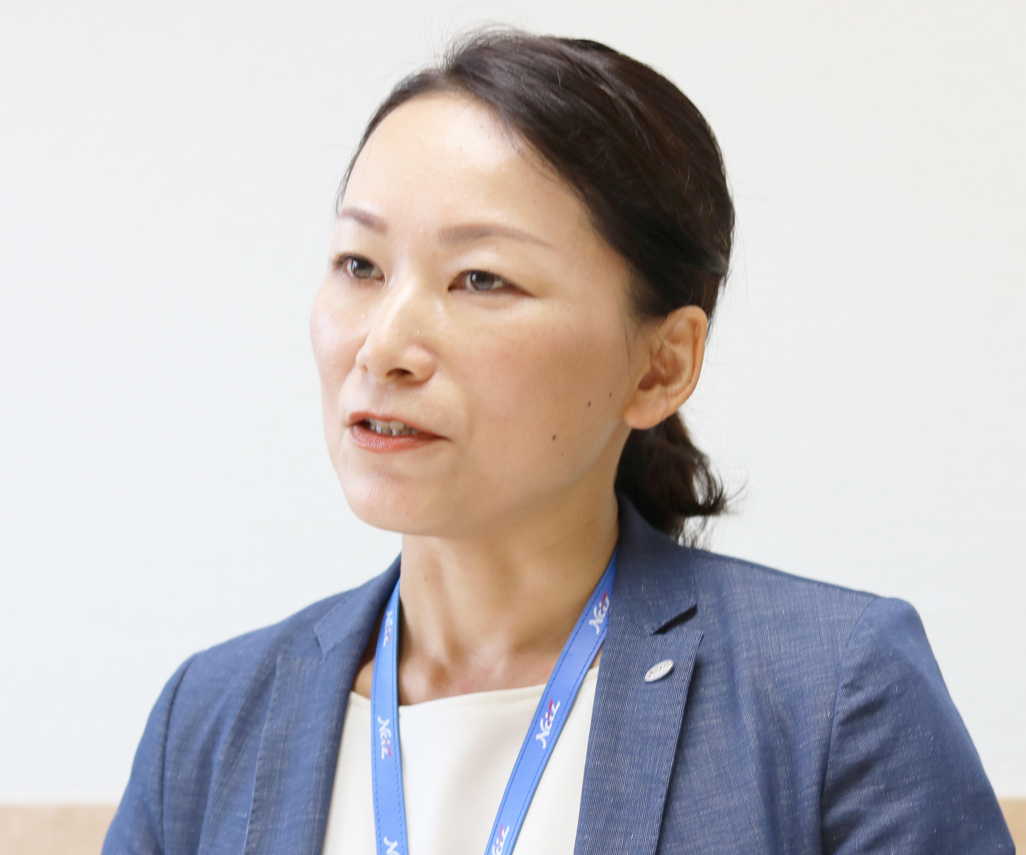 総務部 女性活躍推進プロジェクトリーダー 課長 青山 久美子 様