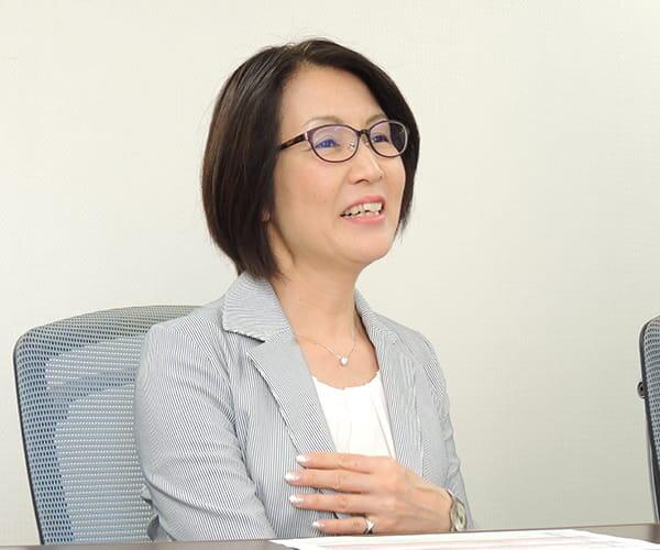 人事部 女性活躍支援グループ リーダー 吉田 成美 様